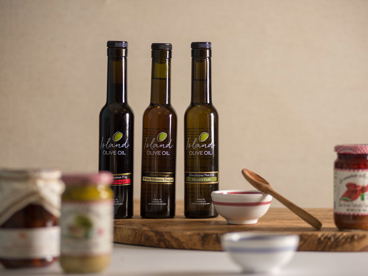 Secret Sauce: Island Olive Oil | Ward Village