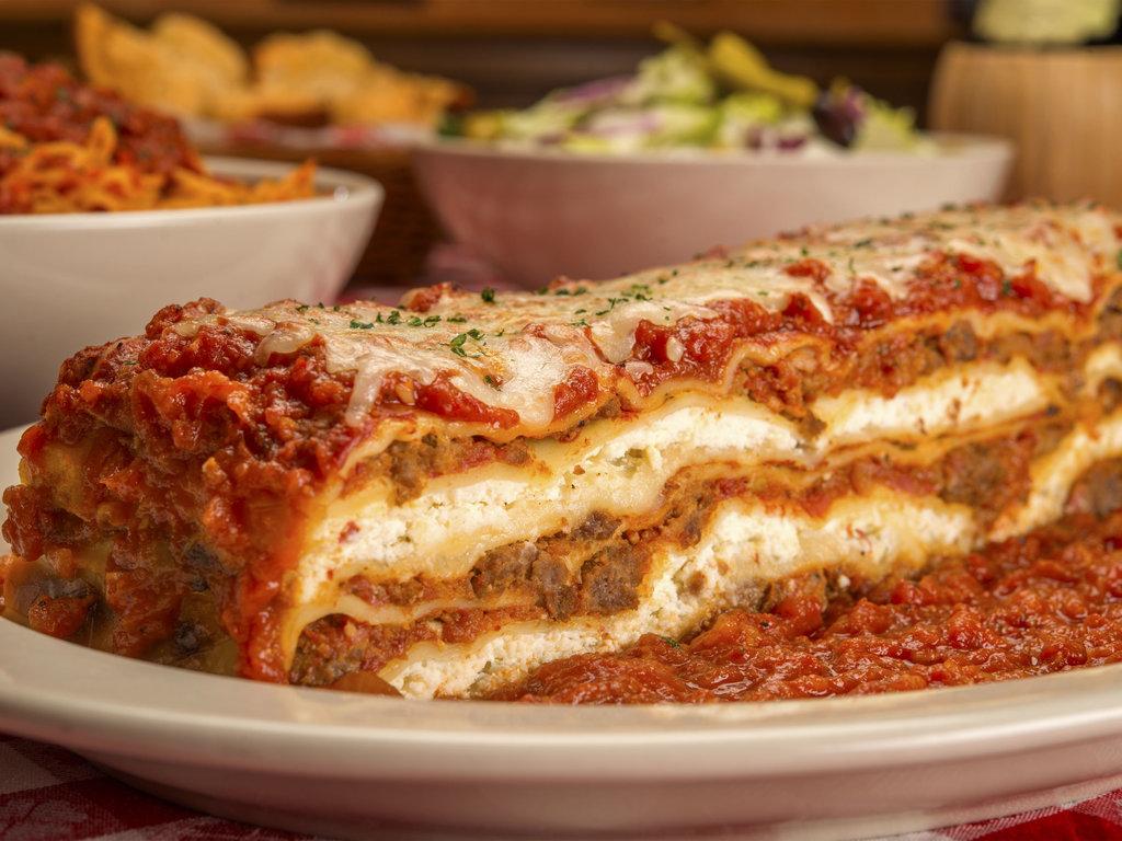 Italian Foods Near Me: Buca Di Beppo